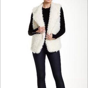 **Melrose & Market** Faux Fur Vest